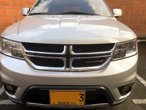 dodge journey r/t awd 3.6l pentastar vvt 6v 283 hp 7 puestos