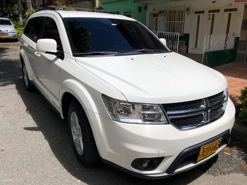 dodge journey se at 2.4 7 puestos