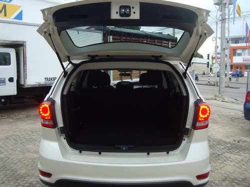 dodge journey se at 2400cc 7psj 4x2 2014