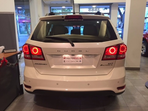 dodge journey sxt  2017 2,4l at6 nav gps