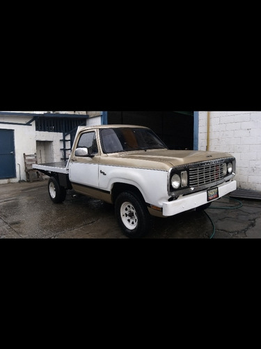 dodge pick up d100