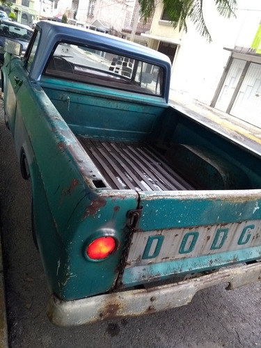 dodge pickup  6 cilindros en línea