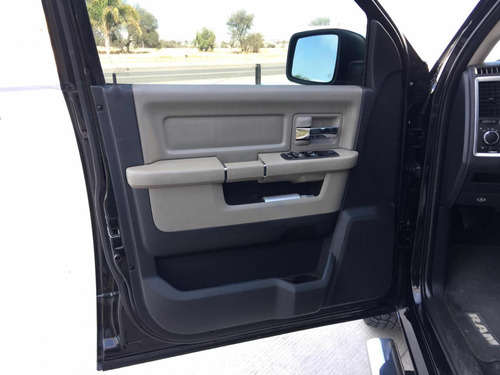 dodge ram 2500 5.7 pickup crew cab slt 4x2 mt 2011