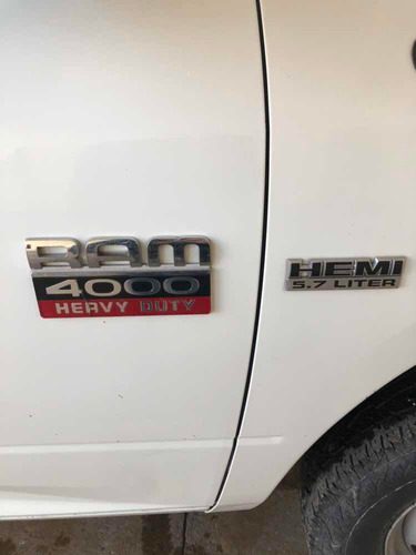 dodge ram 4000 4*2