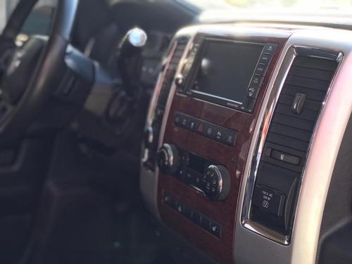 dodge ram 6.7 2500 laramie 4x4 cd i6 turbo diesel 4p