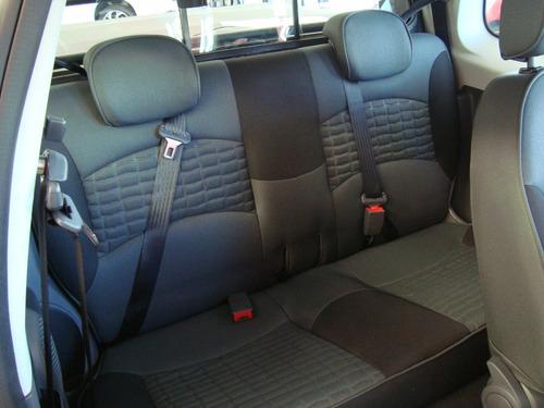dodge ram 700 club cab para el trabajo, diversión y familia