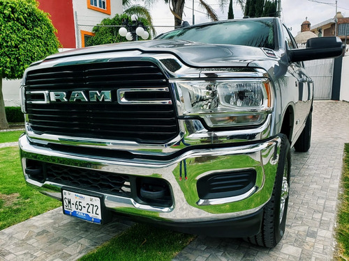 dodge ram heavy duty 4x4 2019