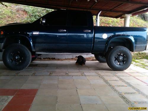 dodge ram pick-up 2500 st quad cab. 4x4 - automatico