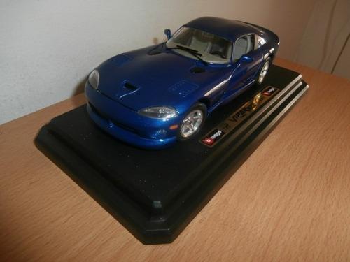 dodge viper gts coupe 1996 burago escala: 1:24