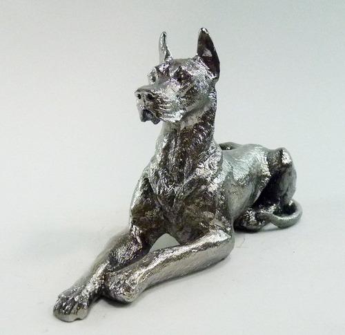 dogue alemão - escultura em resina
