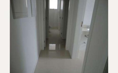 dois quartos c/ 1 suíte e 2 vagas no centro de florianópolis