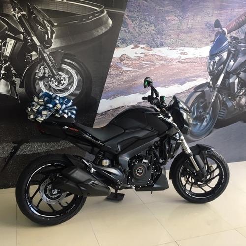 dominar 400 special edition negro brillante