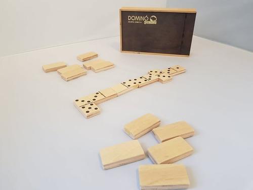 domino de madera hermoso!
