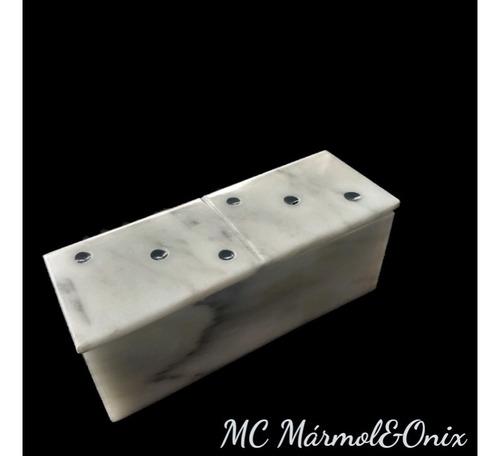 dominó de mármol