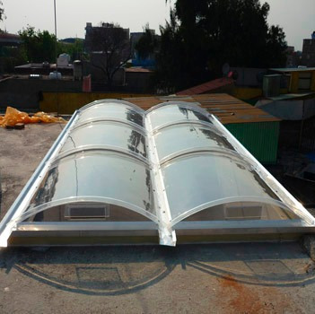 domos de acrilico en arco cañon