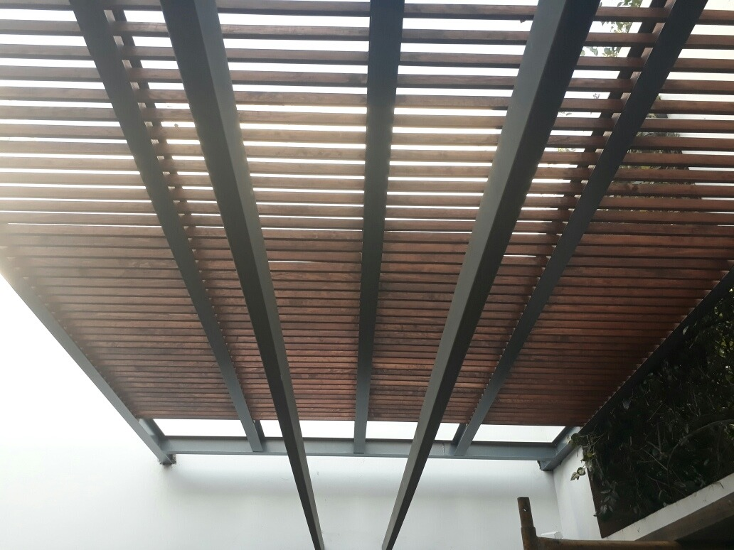 Domos Y Pergolas De Aluminio Herreria Y Madera Vidrio