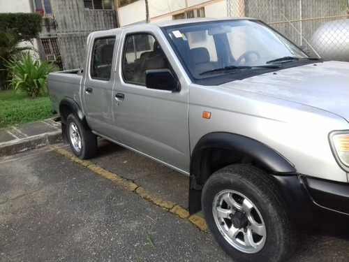 donfg feng zna  pick-up 4x4 año 2015
