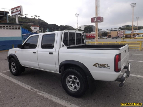 dongfeng rich 4x4 doble cabina