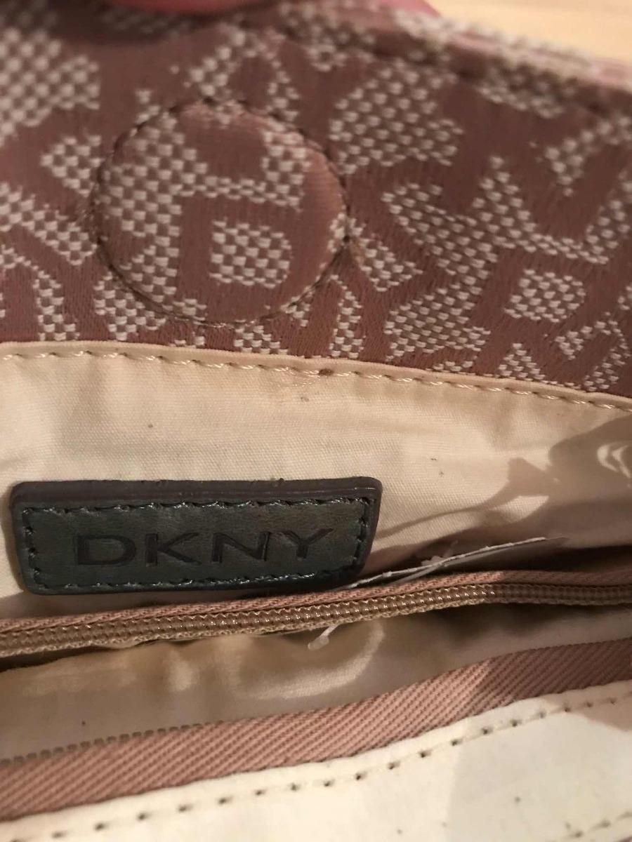 c0507ab10 donna karan dkny bolsa bandolera crossbody logos piel y text. Cargando zoom.