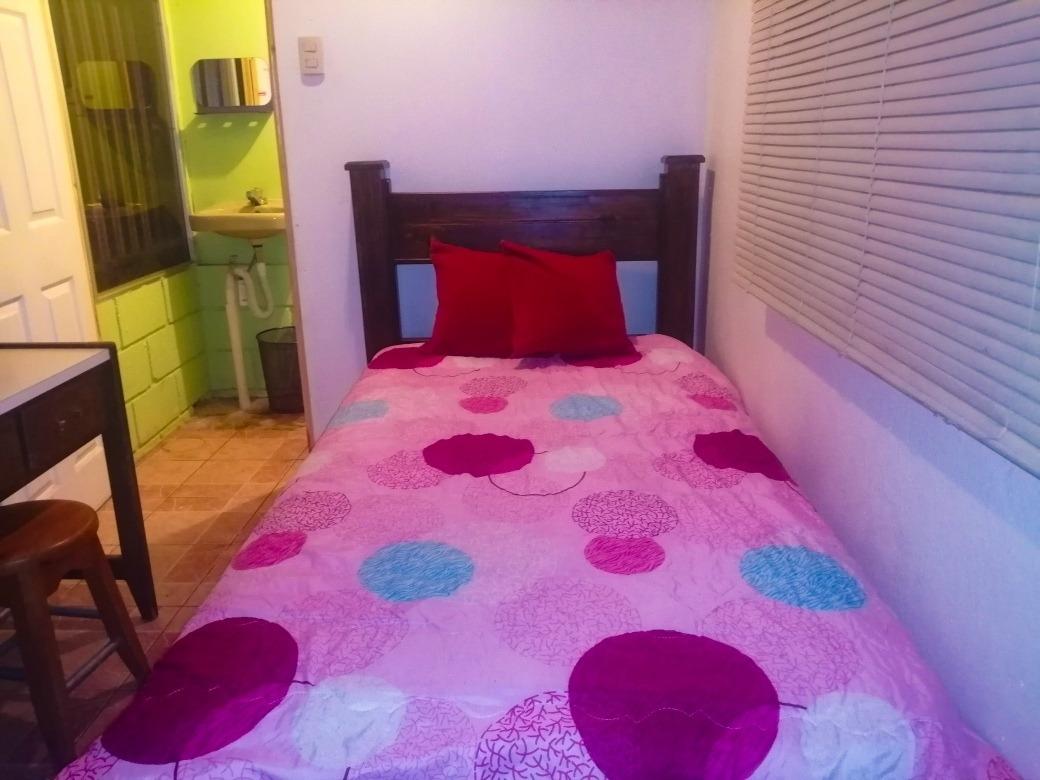 dormitorio amueblado en villas de ayarco