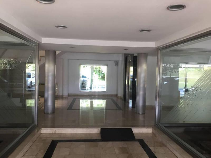 dorrego 2150 - venta con renta - edificio en block