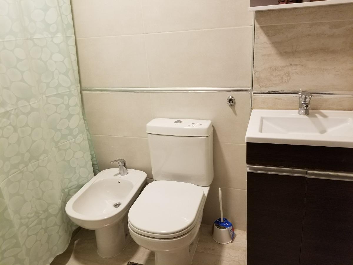 dos ambientes a estrenar, dos baños  la perla alquila