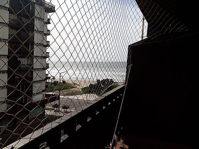 dos ambientes con vista la mar ! excelente ubicacion