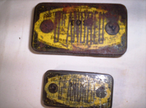 dos antiguas latas pasta dr.andreu vacias