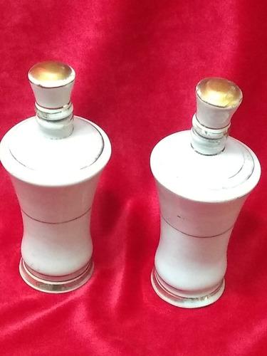 dos piezas de tocador,perfumeros,muy antiguos