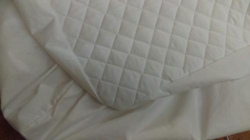 Dos protectores de colch n capitonado para cama cuna en mercado libre - Protectores para cama cuna ...