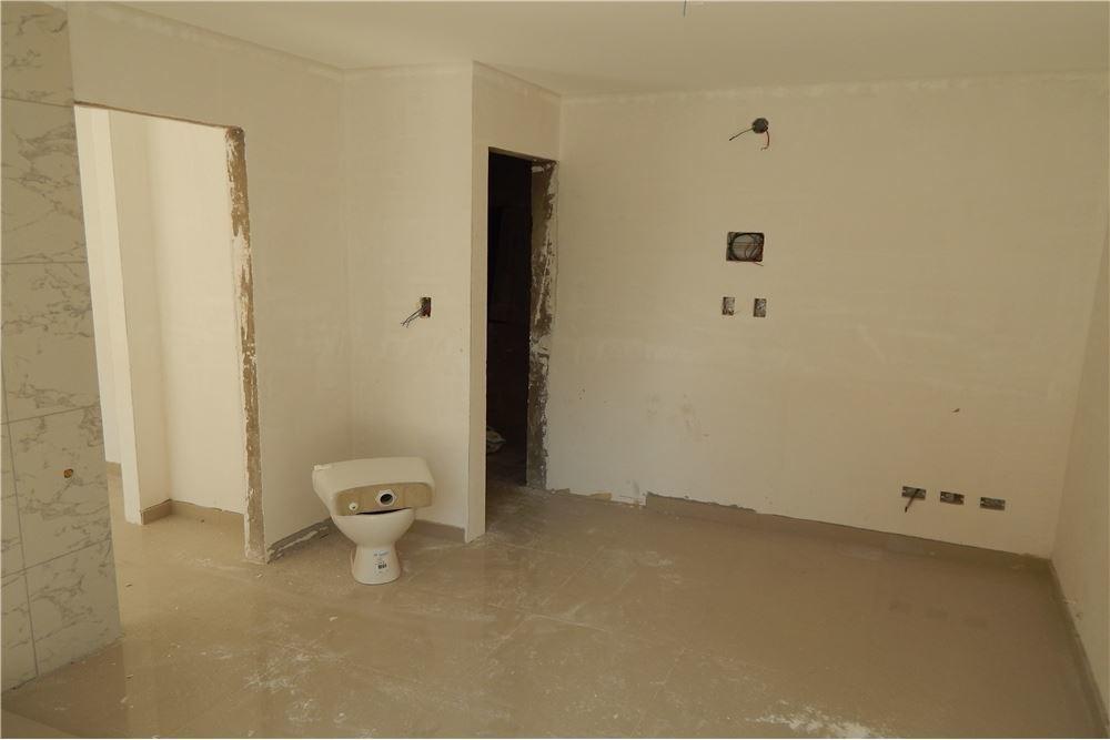dpto 1 dormitorio  al frente en construcción