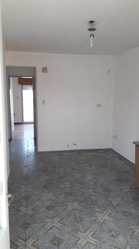 dpto 3 ambientes en 1° piso al fte.