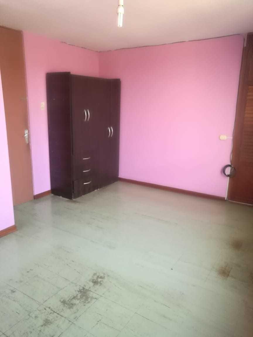 dpto 4to piso, 3 dormitorios, sala, comedor, cocina, 2 baños
