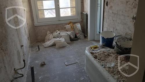 dpto 5 dormitorios   comodin. grande. 240m2. microcentro