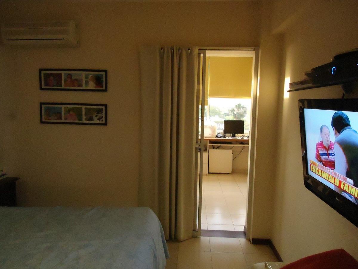 dpto céntrico 2 dormitorios c/ cochera y 5 bauleras!!