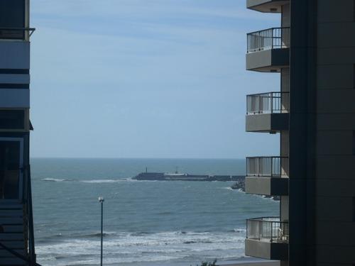 dpto playa grande v/mar 3 dorm 2 baños frente costa galana