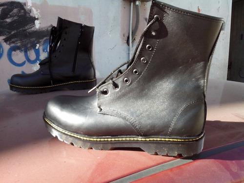 dr vizzo, botas negras, roquero, rokero , punk