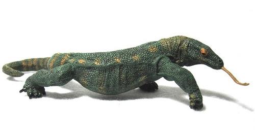 dragon de komodo papo aniamles de colección pintados a mano