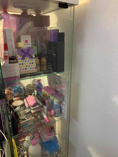 dream beauty,servicios:manicuria,extensiones de pestañas,etc