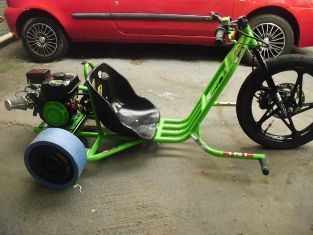 drift trike motorizado dtm-r1 + top de linha +novo +4 tempo