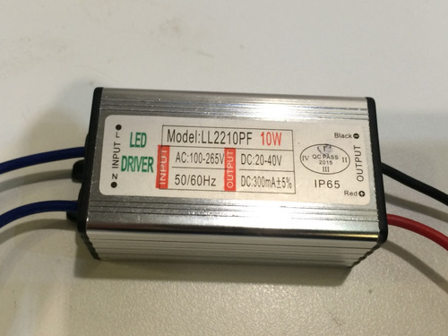 driver / fuente para foco led 30w, 9 x 3 cm