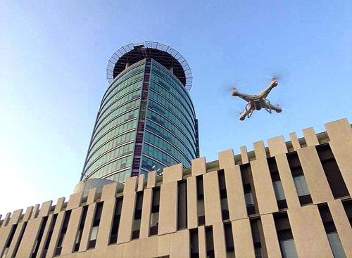 drone c/camara para grabara o fotografiar  amas120mts altura
