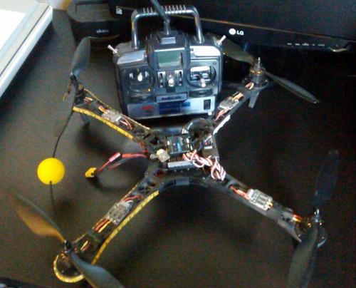 drone quadricóptero