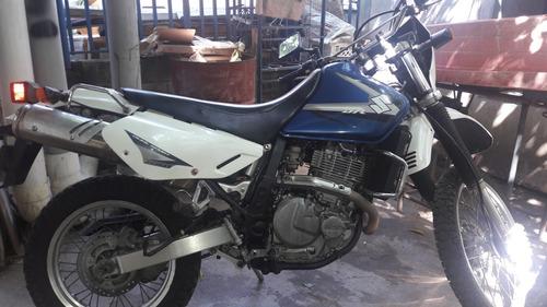dt 650 suzuki