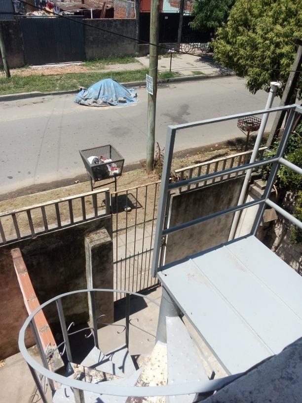 dto 2 ambientes, primer piso, para hasta dos personas