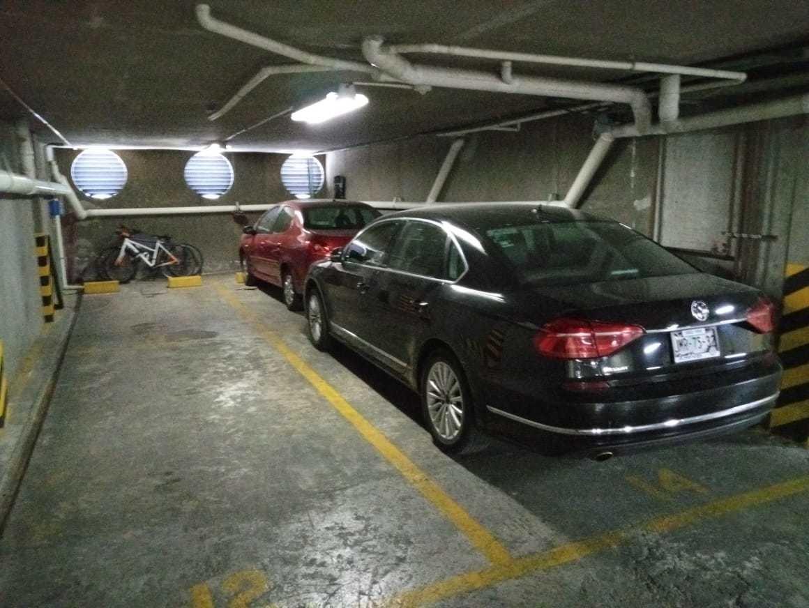 dto 5 recamaras , 2 estacionamientos, roff garden