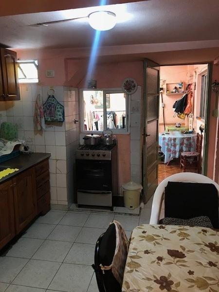 dto tipo casa sobre avenida r. alfonsin 3 ambientes.