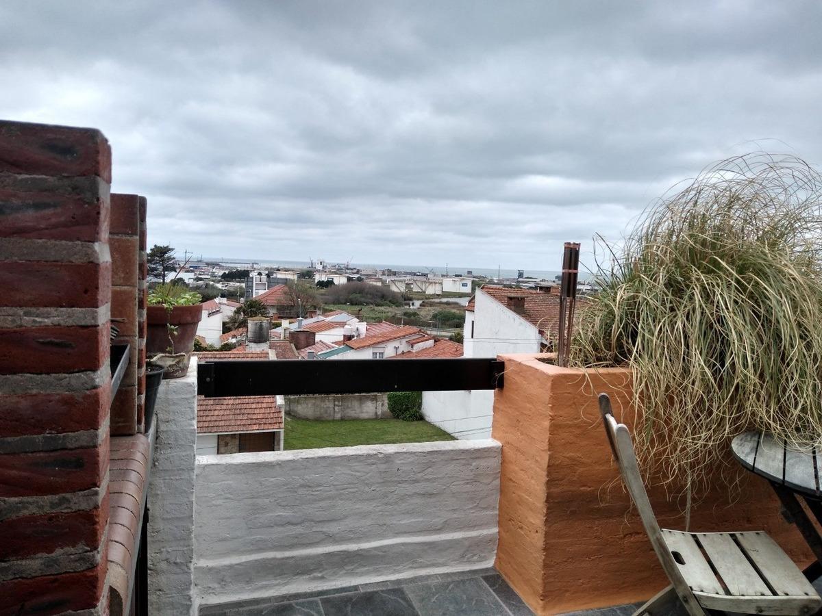dúplex con terraza/ punta mogotes