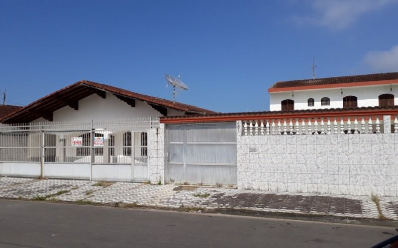 duas casas isoladas
