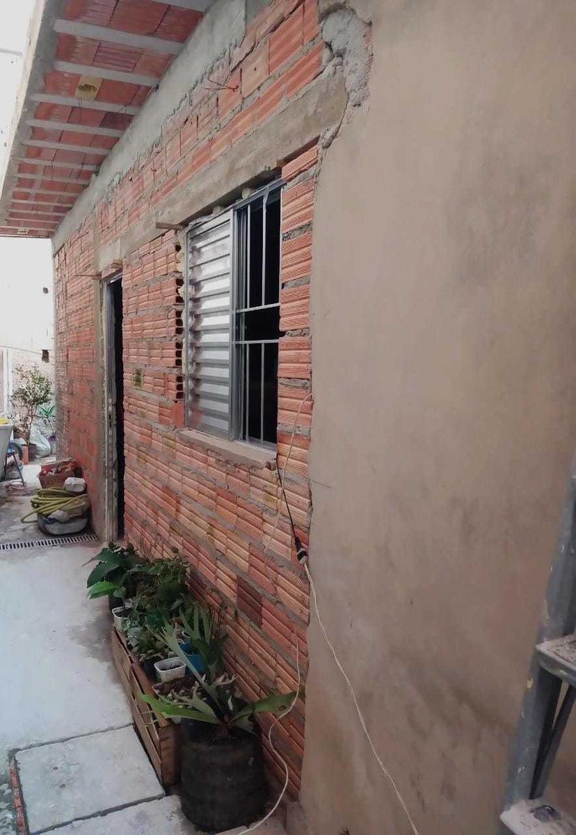 duas casas no mesmo quintal ou casa com dois quartos suite u